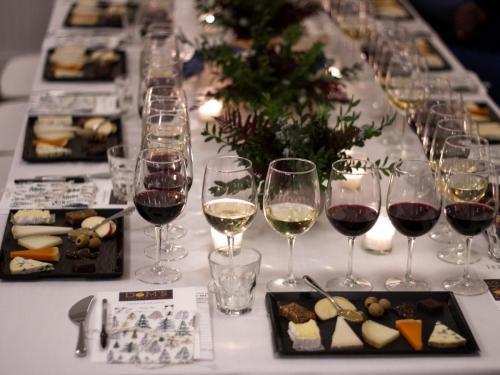 Table Arrangement 6